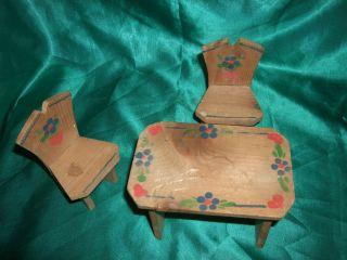 Puppenstube,  Puppenküche,  Alter Tisch,  Stühle,  Holz,  Malerei,  Bauerntisch, Bild