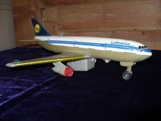 Blechflugzeug Lufthansa A300 Nomura Toys Bild