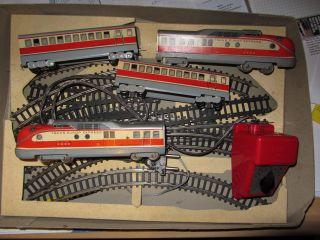 Eisenbahn Elektrisch / Blechspielzeug / Dachbodenfund Bild