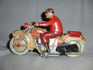 Tippco 586 Motorradfahrer Mit Uhrwerk Baujahr Ca.  1943 - 1945 Bild