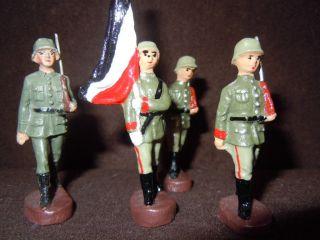 Lineol Elastolin 1x Deutscher Fahenträger Mit Reichskriegsflagge U.  3x In Marsch Bild