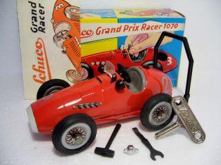 Schuco Grand Prix Racer 1070 Ferrari 2 Rot Uhrwerk Maß 1:20 Okt Miwg 1993 Bild