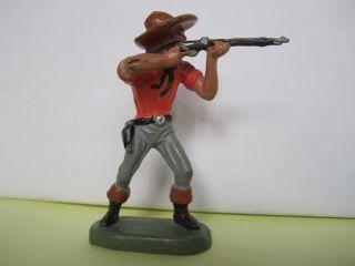 Leyla Masse Cowboy Stehend Mit Gewehr,  7 Cm. Bild