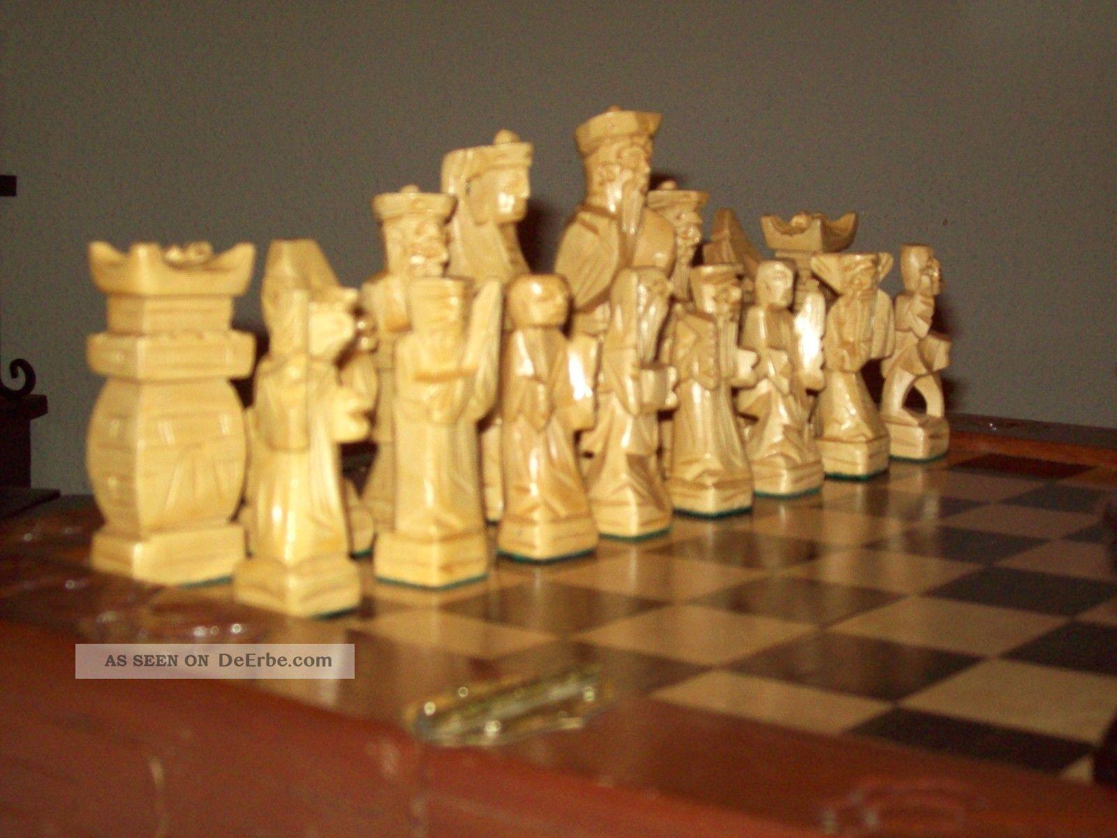 schachbretter und figuren
