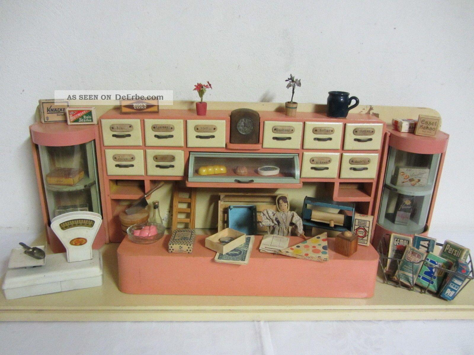 ausgefallener ddr kaufmannsladen mit viel zubeh r. Black Bedroom Furniture Sets. Home Design Ideas