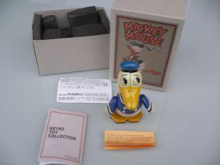Walt Disney Blechspielzeug Figur,  Uhrwerk Donald Duck,  Ovp Bild