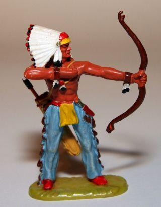 Elastolin Figur Häuptling Mit Bogen Schießend Art 6868 In Bemalung 2 Bild