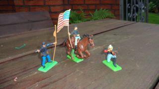 Britains - Ltd Figuren 3/blauröcke Bild