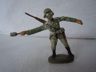 Lineol Elastolin Wehrmacht Infanterie Soldat Mit Handgranate Von Elastolin Bild