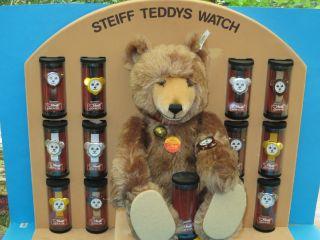 Steiff Watch Teddy Mit Display Und 13 Uhren Unbespielt Limitiert Sehr Dekorativ Bild