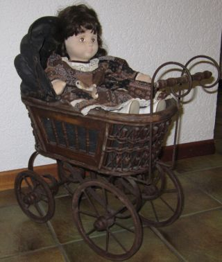antikspielzeug puppen zubeh r puppenwagen original gefertigt vor 1970 antiquit ten. Black Bedroom Furniture Sets. Home Design Ideas