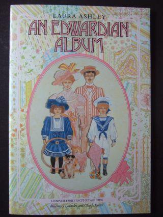 Laura Ashley: Edwardian Album,  4 Anziehpuppen Und 16 Garderoben Zum Ausschneiden Bild