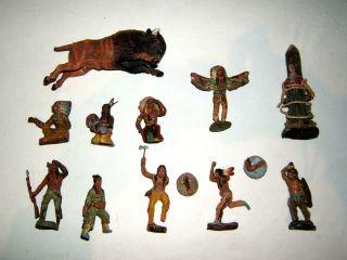 Konvolut,  11 Massefiguren,  Elastolin,  9 Indianer,  1 Cowboy,  1 Büffel,  Bastelware Bild