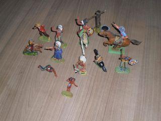 8x Elastolin Figuren Cowboys - Indianer Und Brunnen Bild