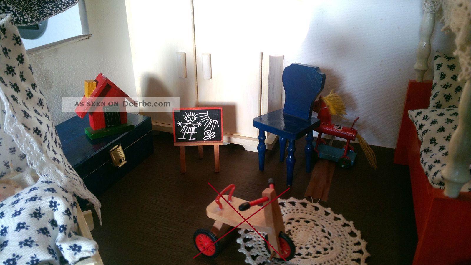 komplettes kinderzimmer f r puppenstube mit spielzeug. Black Bedroom Furniture Sets. Home Design Ideas