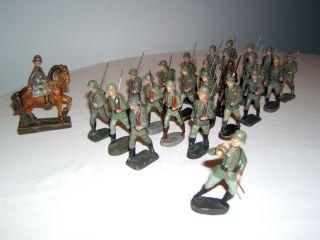 Konvolut,  25 Massefiguren,  Elastolin,  Armee,  Strola,  Wehrmacht Soldaten,  Landser Bild