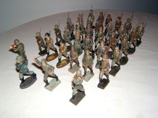 Konvolut,  34 Massefiguren,  Elastolin,  Lineol,  Wehrmacht Soldaten,  Landser. Bild