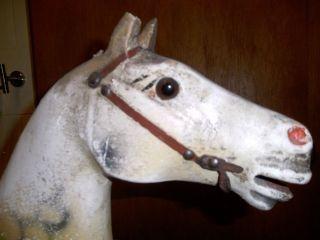 Antikes Schaukelpferd,  Altes Kinderspielzeug Bild