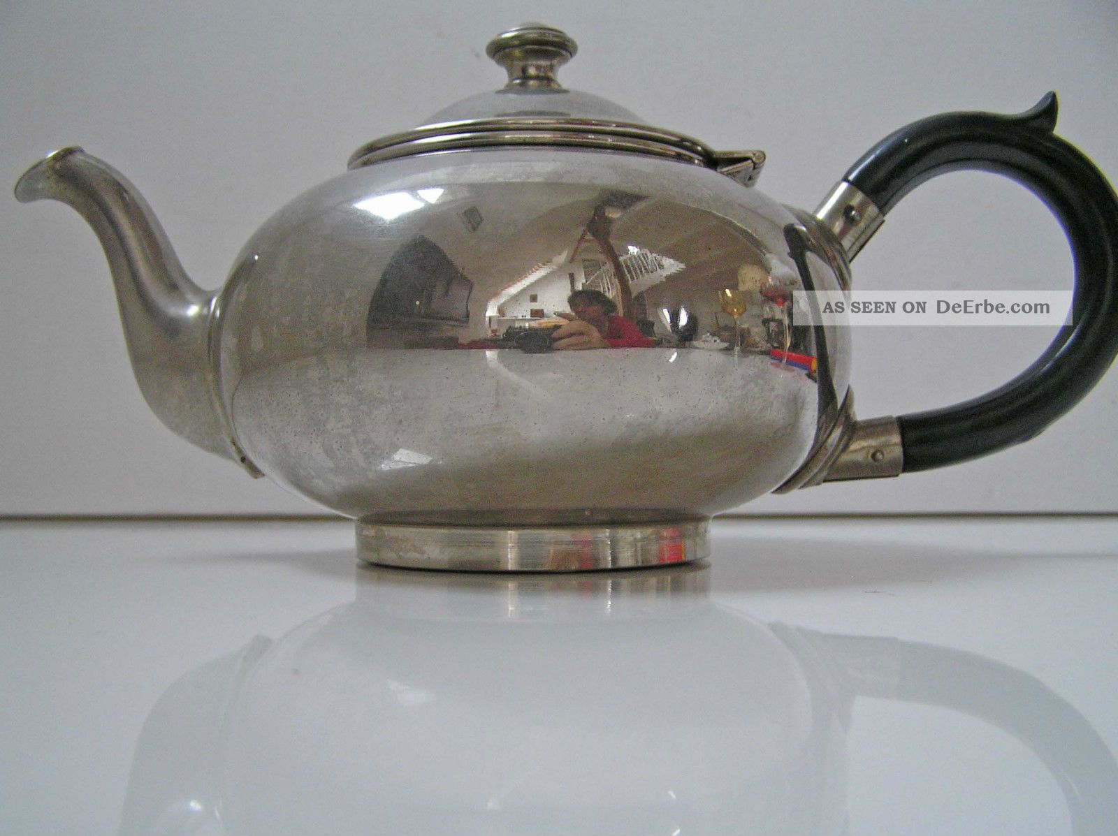 Formschöne Teekanne Metall Verchromt,  Holzgriff 1920-1949, Art Déco Bild