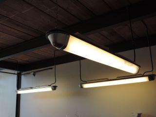 U - Bahn Lampe Loft Bauhaus Art Deco Industrielampe Berlin Mauer Fabriklampe Bild