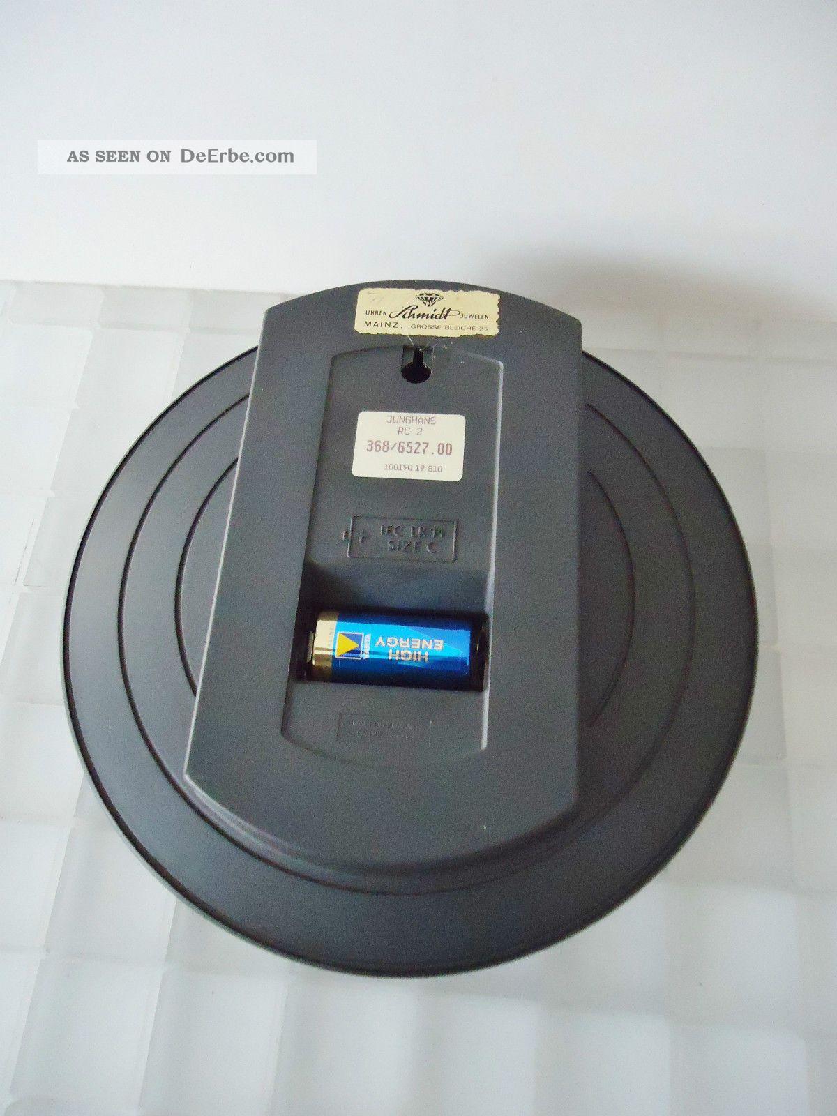 Junghans rc 2 mega radio controlled wanduhr funkuhr top for Wohnwand 90er