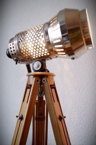Bauhaus Tripod Loft Steh Lampe Holz Stativ Art Deco Design Metall Retro Dreibein Bild
