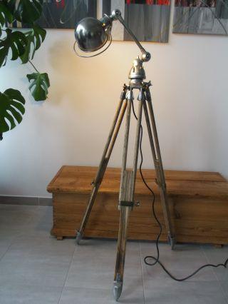 Jielde Tripod Stehlampe Stehleuchte Dreibein Holz Stativ Jielde Lampe 60er Bild