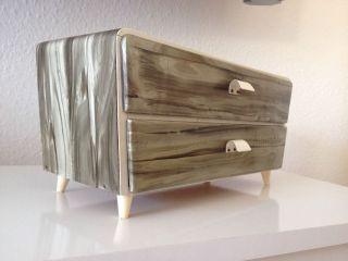 Sideboard,  Kleiner Schrank,  Kommode,  50er 60er Jahre,  Perlmutt Optik,  Schubladen Bild