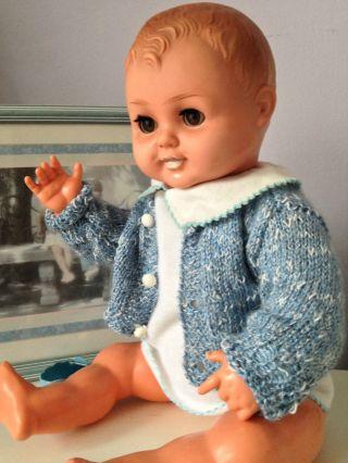 Alte Babypuppe - Ddr Pappmachekopf 50 Cm - Mit Puppenkleidung - Puppe Schuhe Bild