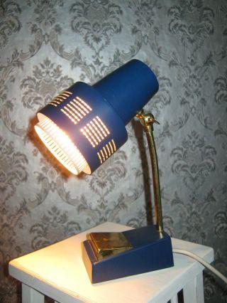 Alte Kleine Lampe Leuchte Nachttischlampe Blau Messing 50er Jahre Kugelgelenk Bild