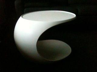 Tisch_colani Design_weiß_64x43x42 Cm_kunststoff_60er / 70er Jahre Bild