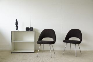 2 X Knoll International Eero Saarinen Conference Chair Stoff Bild