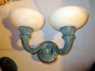 Art Déco 1930 Alabaster Wandlampe Aus Gusseisen Und Messing Bild