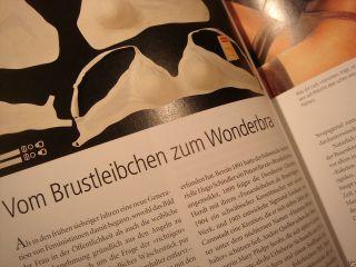 Dessous Chanel Cartier Gossard Korsett 2002 Wonderbra Bild