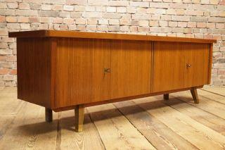 60er Nussbaum Lowboard Anrichte Kommode Credenza Tv Board Danish Modern Design Bild