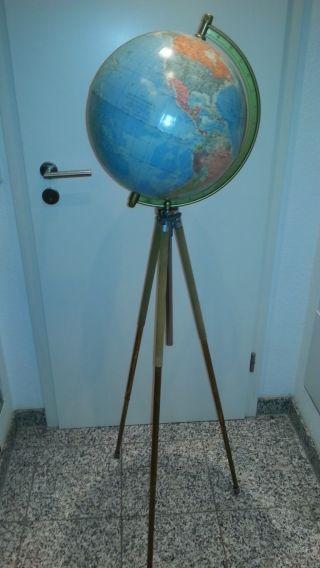 Großer Alter Tripot Globus - - Stativ - Bis 175 Cm Hoch Bild