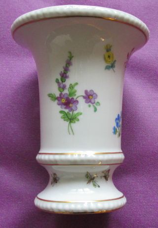 Porzellan Vase Dresden Signiert Bild