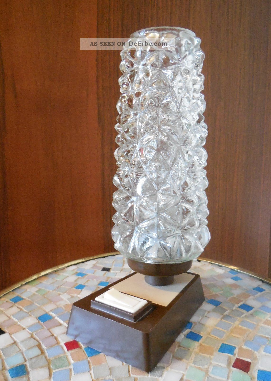 kleine alte lampe tischleuchte nachttischlampe 50er i 60er. Black Bedroom Furniture Sets. Home Design Ideas