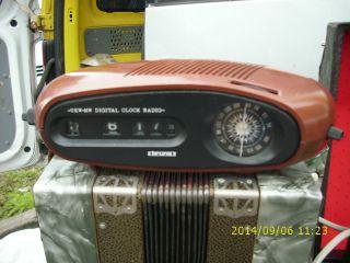 Schöner Klappzahlen Wecker Braun Radio Flip - Clock Rollzahlen 70er Jahre Bild