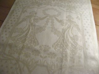 Unbenutztes Leinen Handtuch Mit Frauen Reigen Mit Blumenkranz Prunkmonogramm Bild