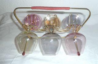 6 Bunte Gläser,  50er Jahre Im Gestell Zum Tragen,  Unbeschädigt Bild
