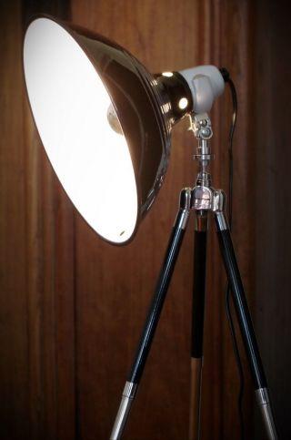 Studio Tripod Steh Lampe Emaille Bauhaus Art Deco Stil Retro Dreibein Stativ Alt Bild
