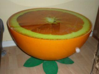 Couchtisch In Form Einer Orange Bild