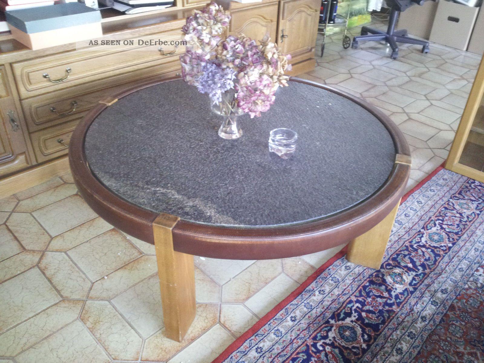 Wohnzimmer tisch rund steinplatte massiv 70er jahre for 70er wohnzimmer