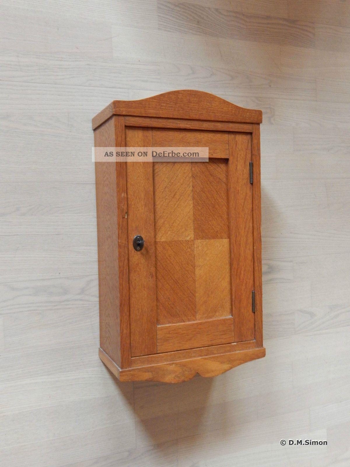 medizinschrank h ngeschrank wandschrank holzschrank holz schrank 20er 30er jahre. Black Bedroom Furniture Sets. Home Design Ideas