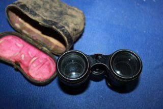 Antik Opernglas Geschwärzt In Antiker Leder Tasche Um 1900,  Ansehen Bild
