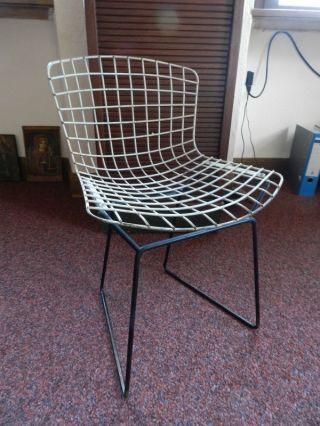 Kinderstuhl Harry Bertoia Knoll International Wire Chair Bild