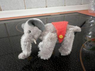 Kleiner Mohairelefant Aus Der Schuco - Arche - Serie, Bild