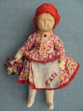 Sehr Alte Stoffpuppe In Originalkleidung - Fest Gestopfter Körper - Kopf Farblos Bild