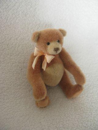 Künstlerbär,  Sammlerbär:regina,  Miniaturbär Von Ursa Minor,  Aprikotfarbener Bär Bild